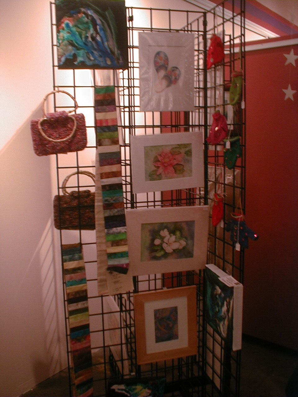 Holiday craft and art show impact artists 39 gallery for Hamburg ny craft show